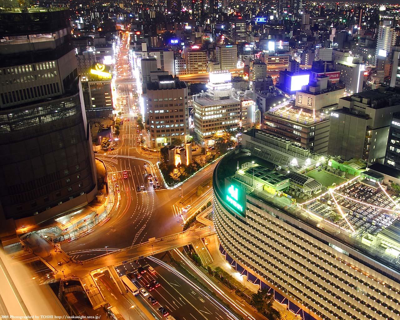 阪急阪神前交差点