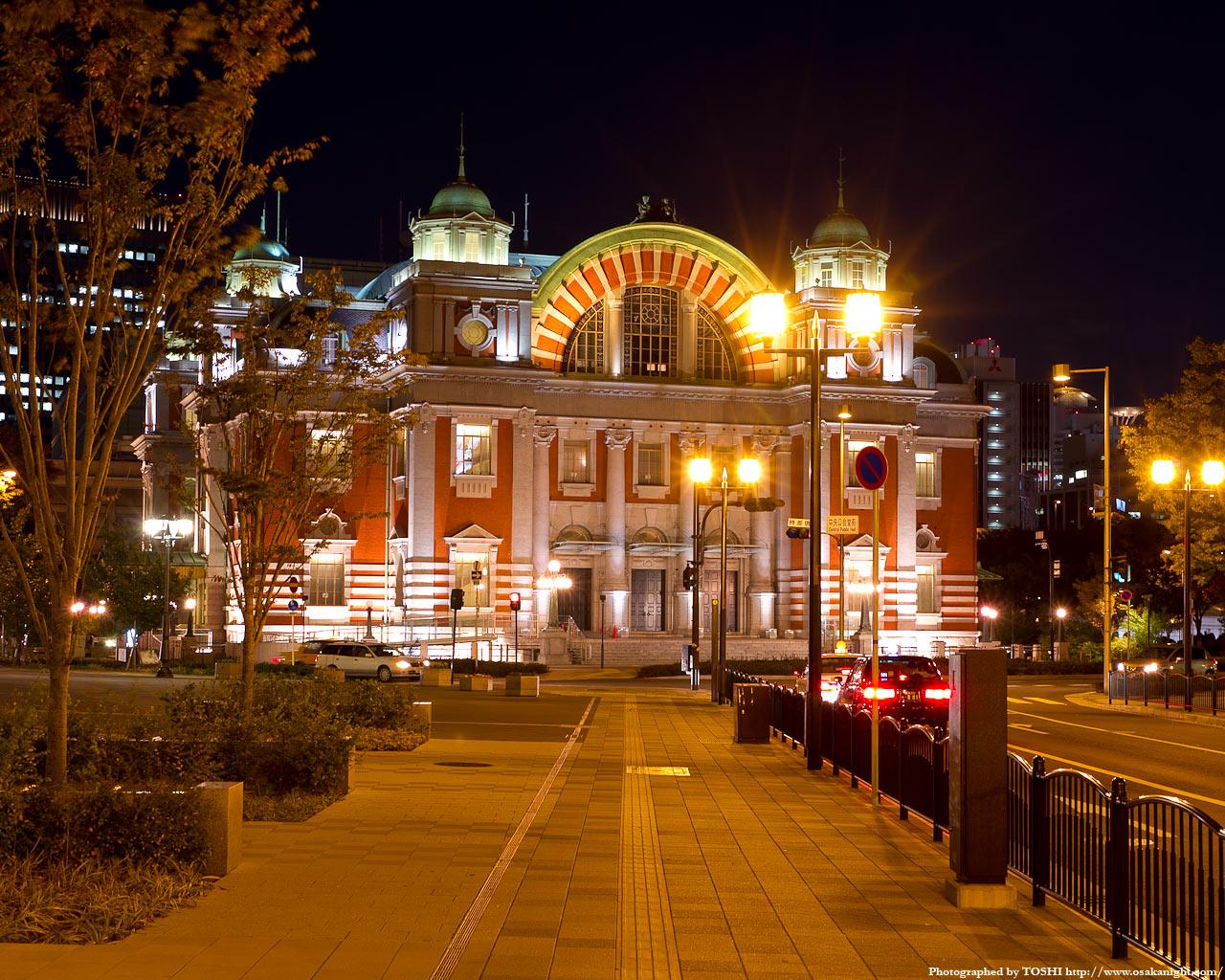 中之島通りと大阪市中央公会堂2