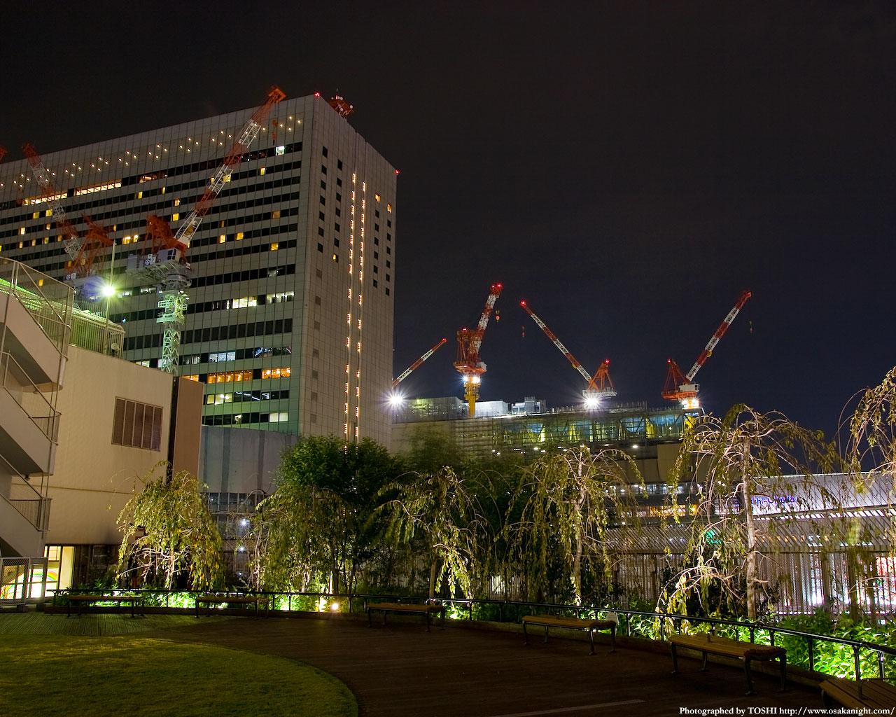 JR大阪駅(アクティ大阪)方面の夜景1
