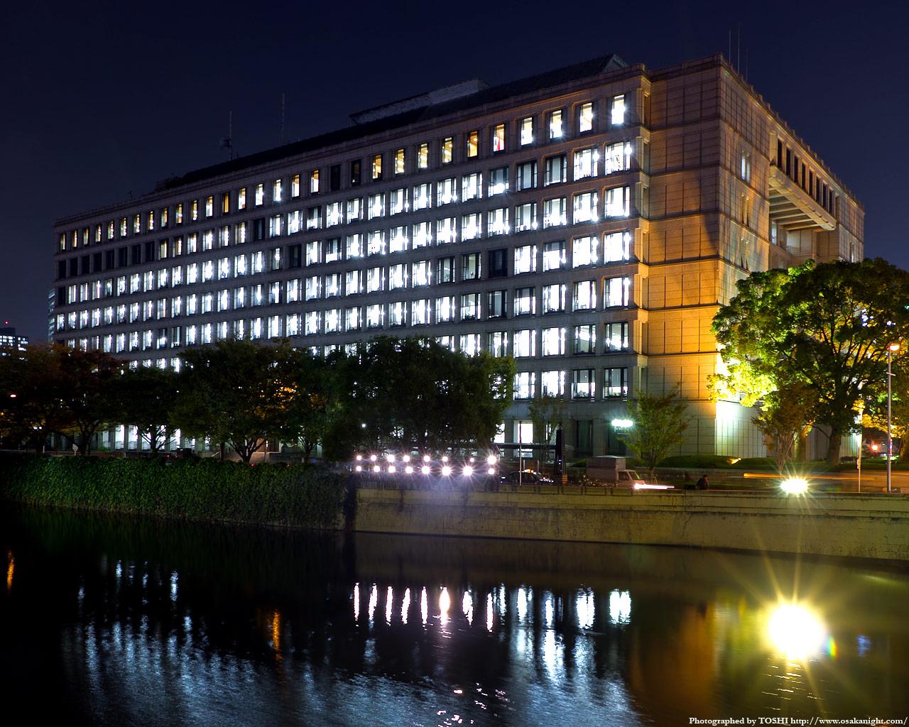 大阪市役所の夜景4