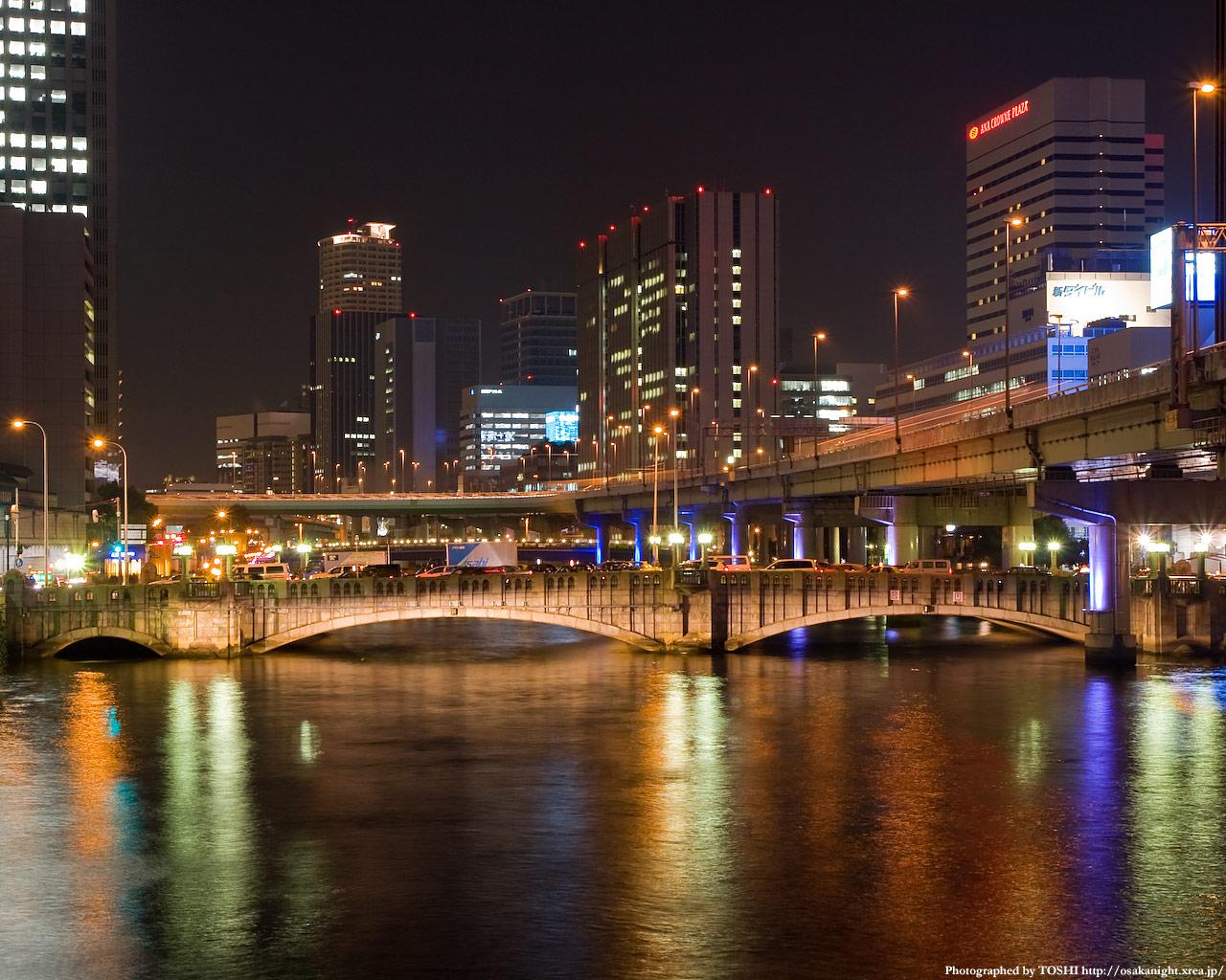 光の回廊と大江橋3