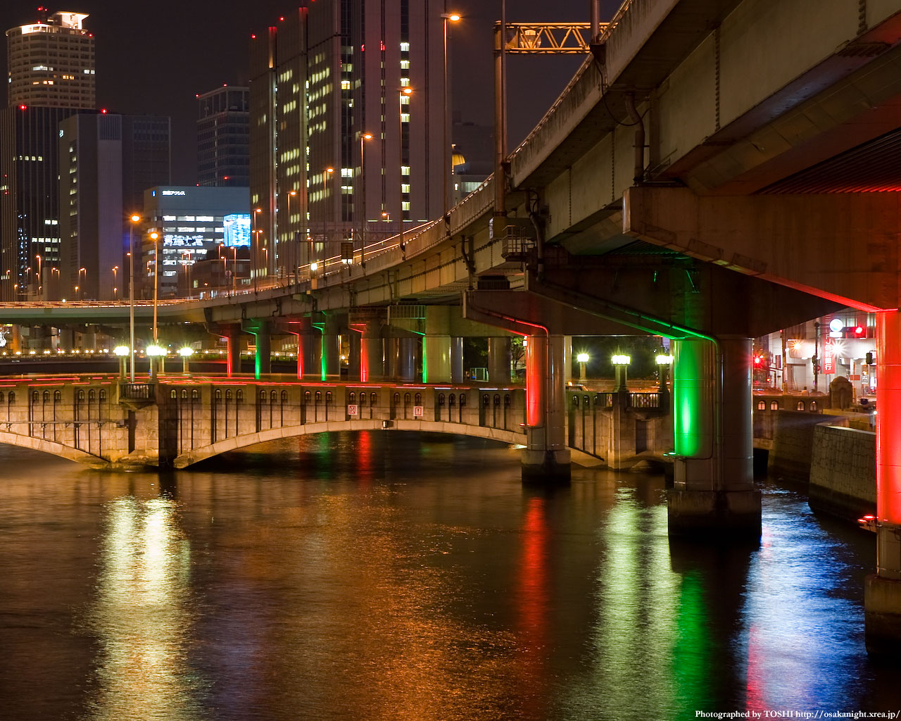 光の回廊と大江橋5