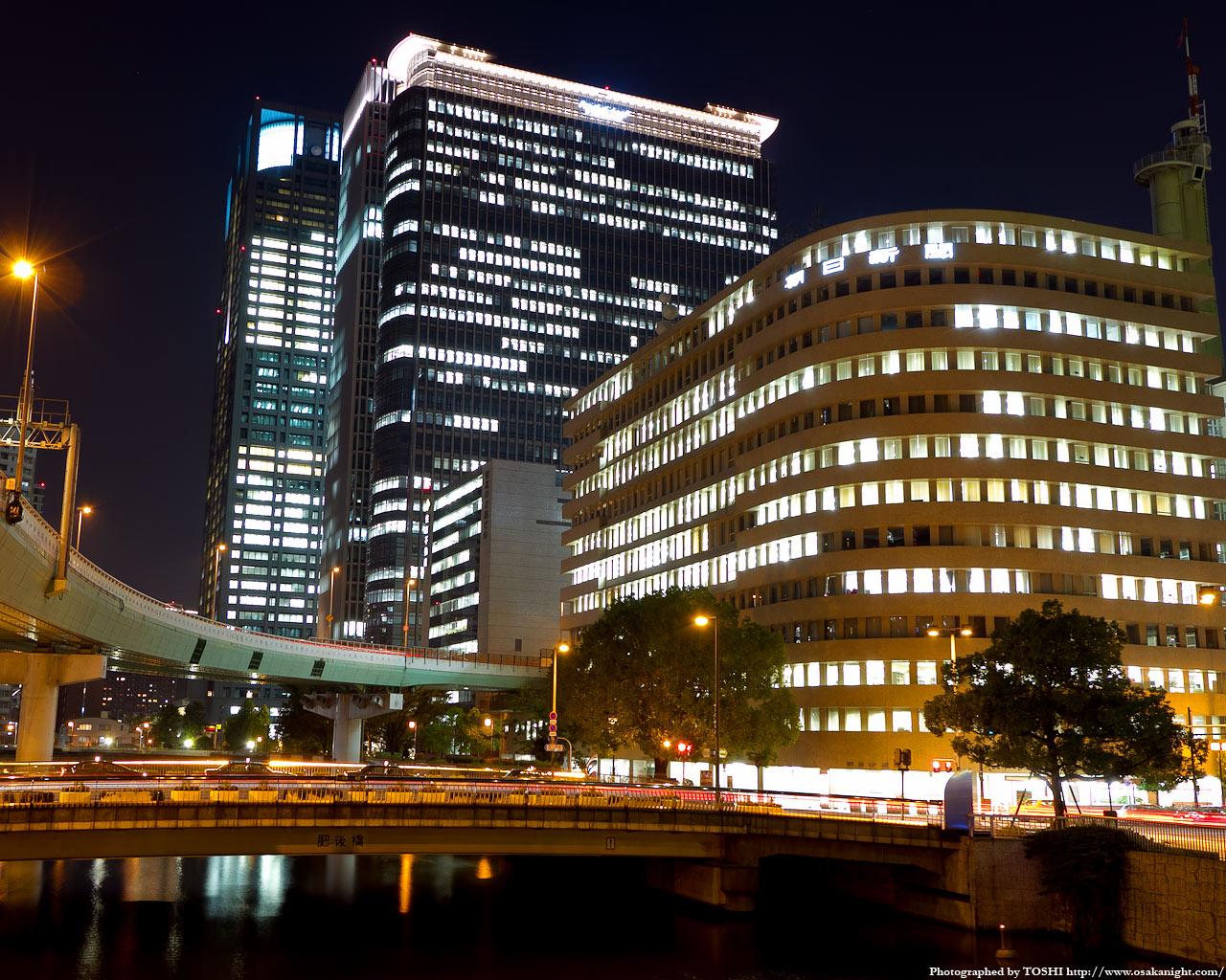 肥後橋と中之島3丁目の高層ビル群夜景3
