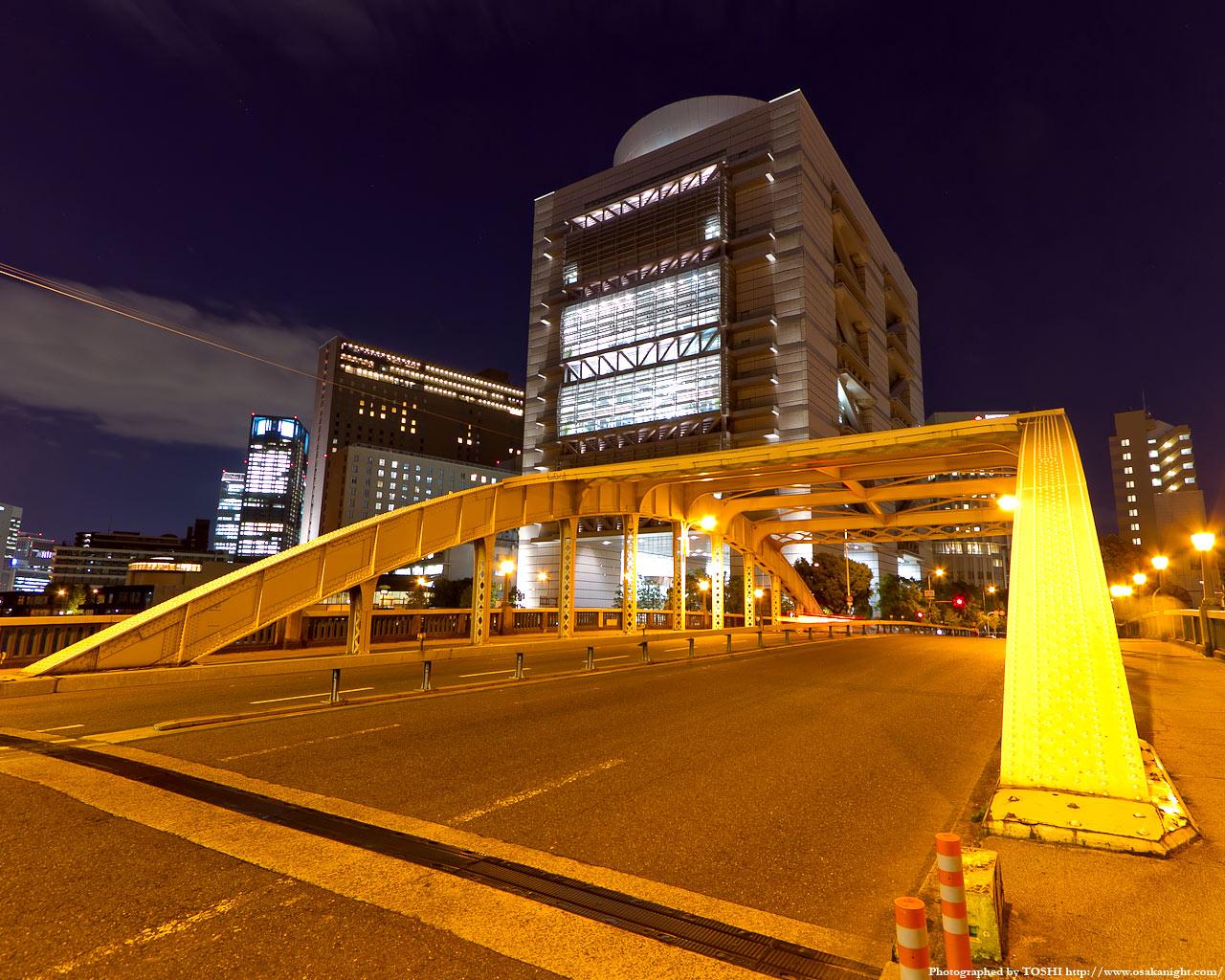 堂島大橋とグランキューブ大阪夜景2