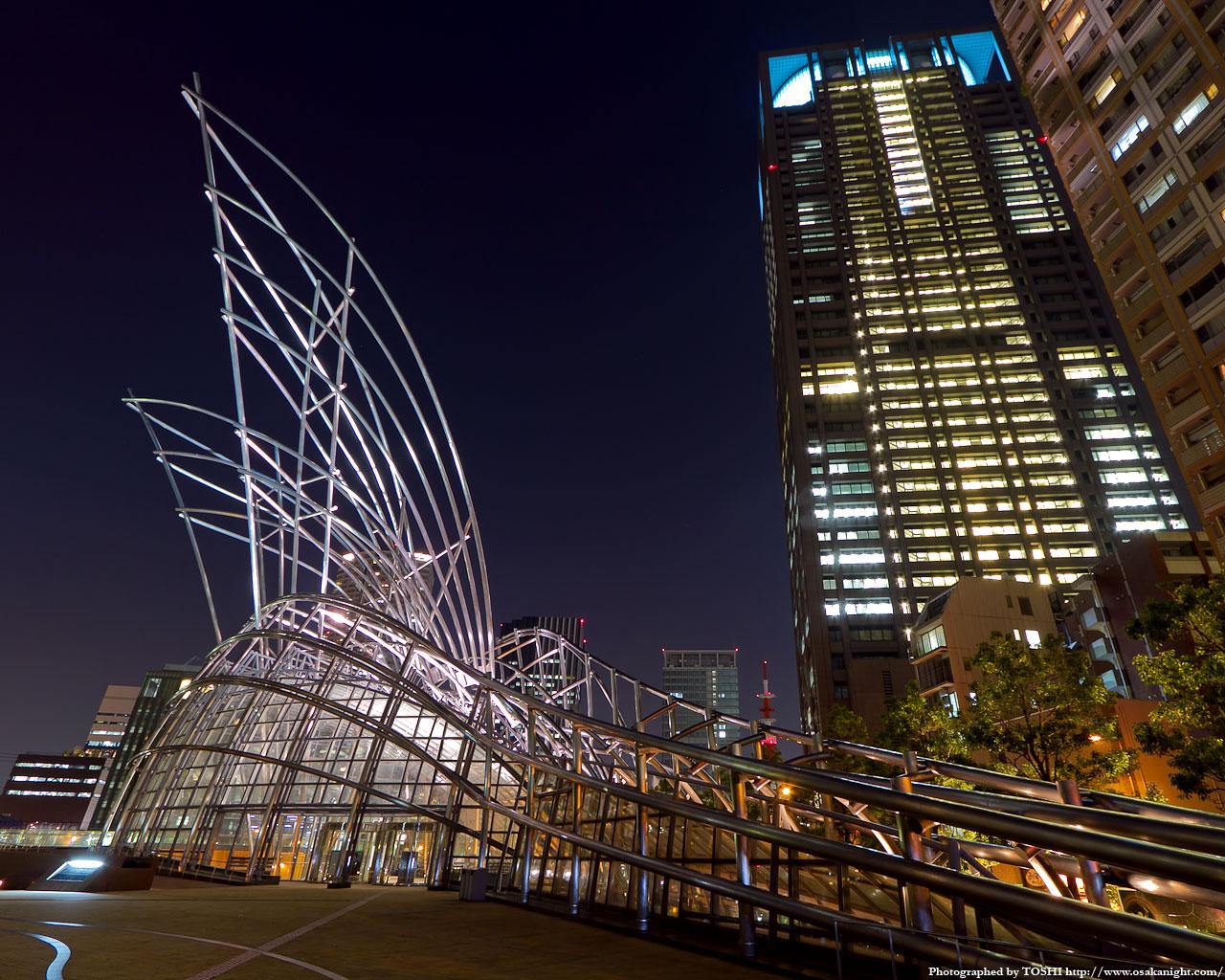 国立国際美術館ライトアップ夜景2