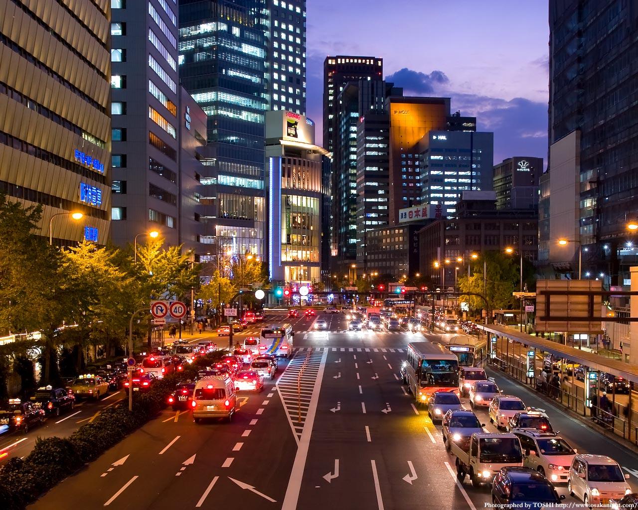 大阪駅前歩道橋からの夕景2