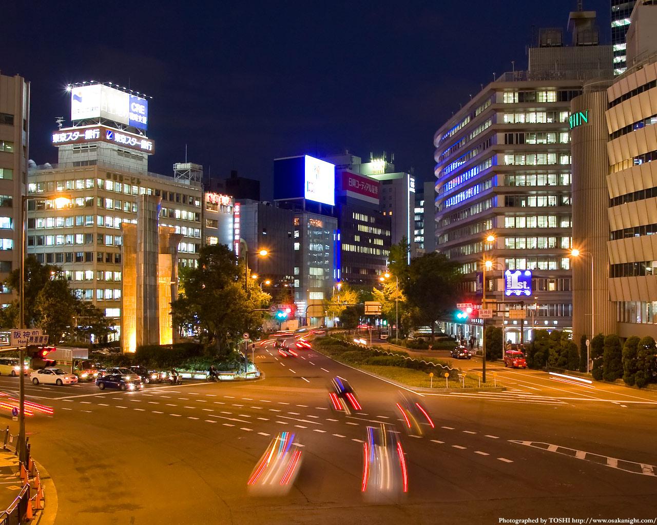阪急阪神前交差点御堂筋方面