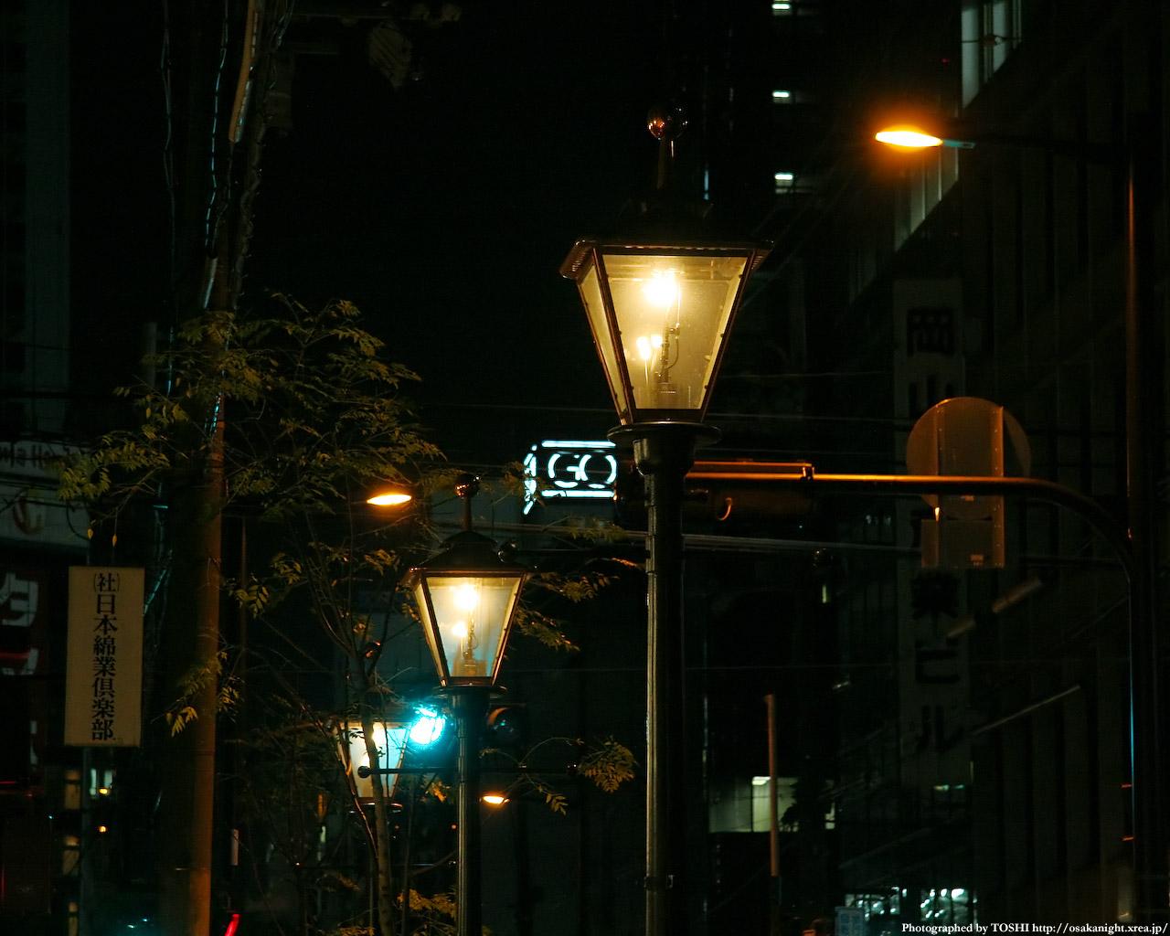 淡くゆらめくガス灯2