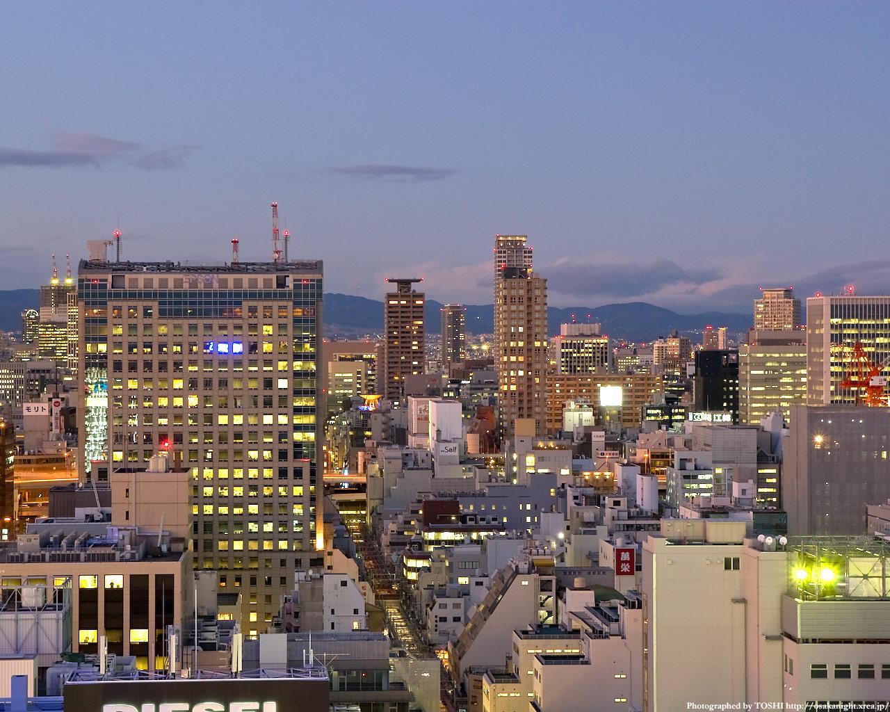 大阪都心の夕景