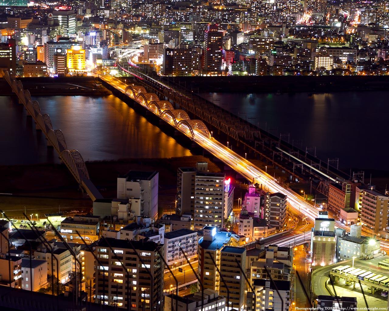 十三大橋の夜景