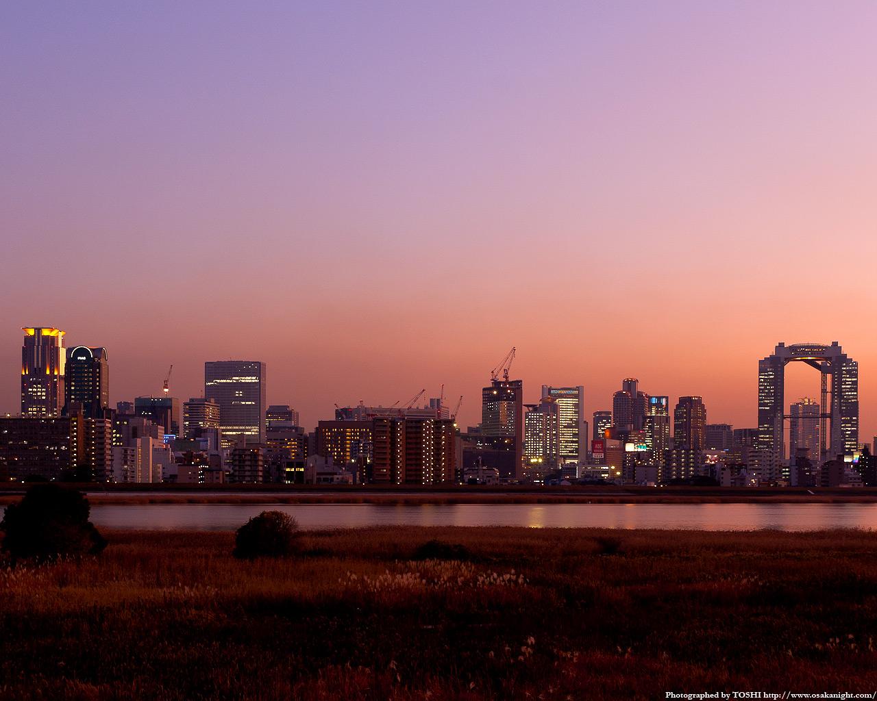 十三東付近より梅田方面の夕景2