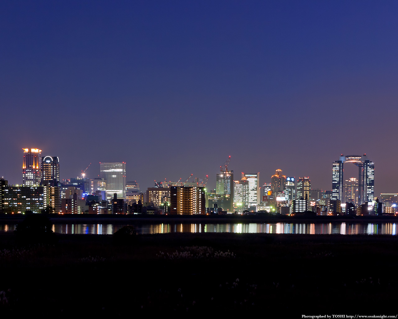 十三東付近より梅田方面の夜景1
