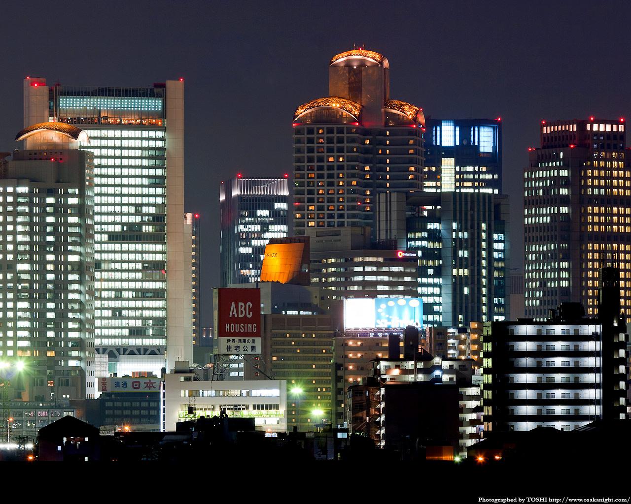 十三東付近より西梅田方面の夜景3