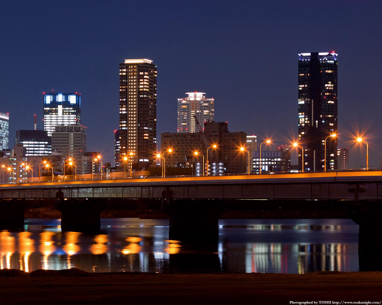 新十三大橋(十三バイパス)の夜景3
